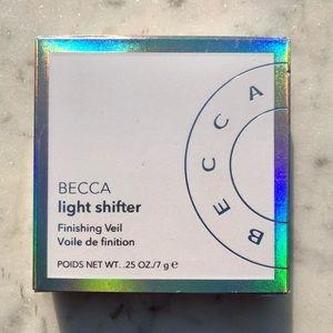 BECCA Light Shifter Finishing Veil Powder • NIB